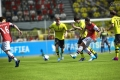 fifa13_pc_chamberlain_jostling_pass_wm