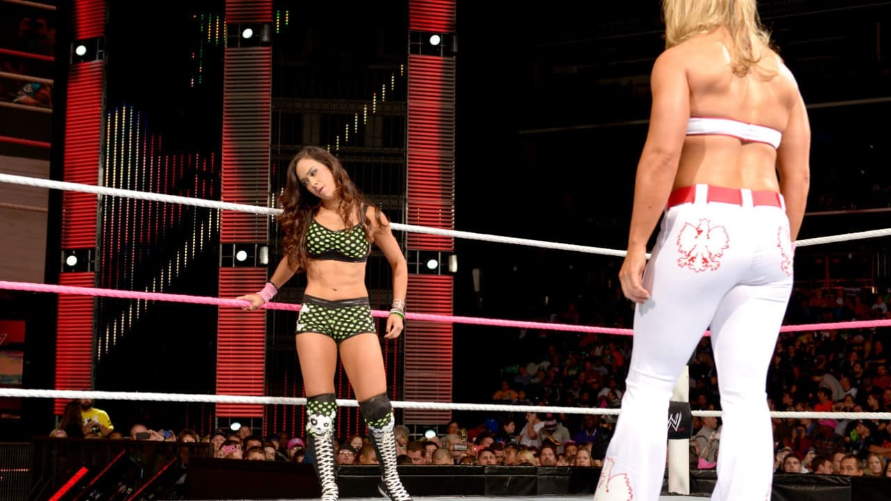 Raw-Digitals-10-29-12-aj-lee-32621044-1284-722